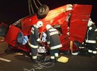 14 români au murit în urma unui accident rutier petrecut în Ungaria. FOTO