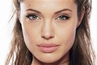 Cea mai tare iluzie optică? Angelina Jolie, Brad Pitt, Jennifer Lopez şi George Clooney devin urâţi!
