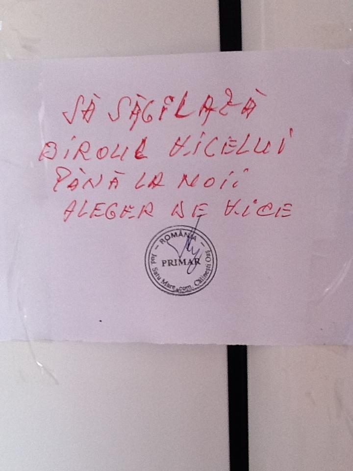"""""""Săgilarea"""" uşii până la """"aleger"""""""