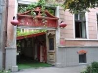 Restaurantul Shanghai – mâncare chinezească, preţuri aproape acceptabile