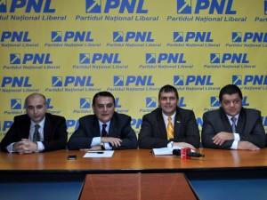 Conferinta de presa PNL Satu Mare. ovidiu silaghi, adrian stef, primari pdl, ppdd