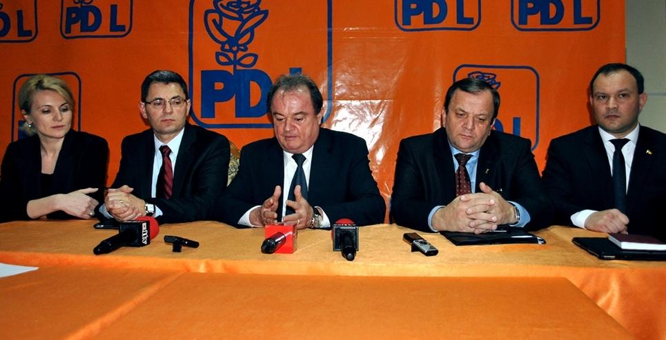Andreea Paul, Petre Muresan, Vasile Blaga, Gheorghe Flutur, Claudiu Ardelean, conferinta, PDL Satu Mare