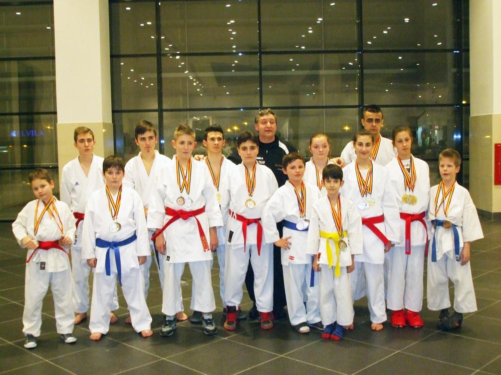 Echipa Clubului Sportiv ,, KARATE DO B.F.K.S.'' Carei, dr fazekas gheorghe