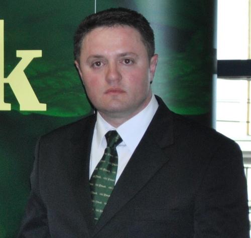 Daniel Ardelean, CEC Bank