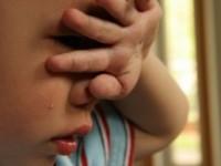 COŞMAR pentru un copil de 4 ani: a privit cum tatăl îi ucide mama, apoi se sinucide