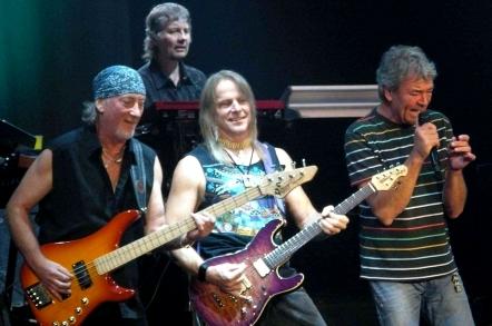 Trupele Deep Purple şi UB40 vor concerta, în această vară, pe Cluj Arena
