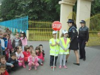 politistul junior (2)