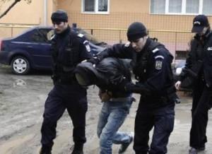 A încercat să scape prin fugă de polițiști la Vama Petea