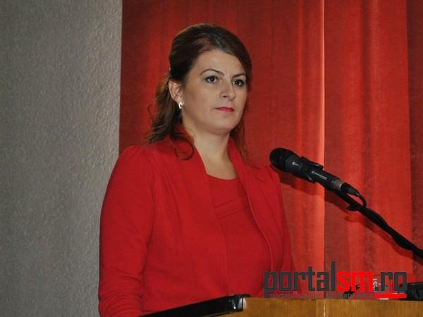 Dr. Paula Mare
