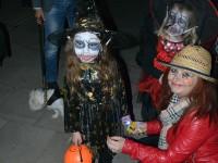 halloween carei (3)