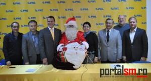 conferinta PNL, Mos Craciun (1)