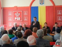 PSD Satu Mare a oferit pachete pensionarilor în Joia Mare