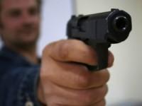 Scandal în Turulung. Bărbat amenințat cu armă și spray paralizant