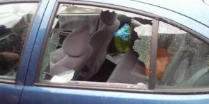 autoturism vandalizat