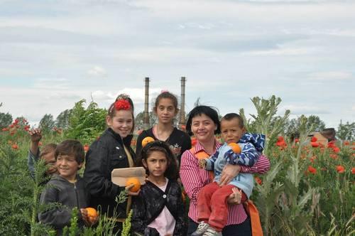 3 Ileana Blidar cu copiii din colegiu 2