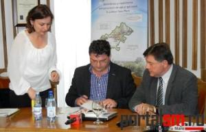Dan Stegerean, semnare contract