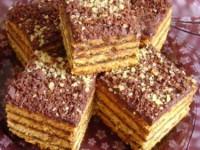 Prăjitură cu miere și cremă de ciocolată, nucă și rom
