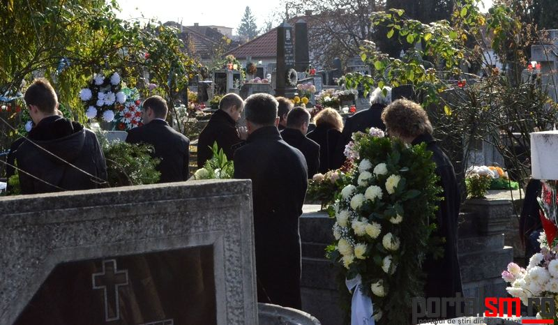 Inmormantare Gabriela Dorgai (60)