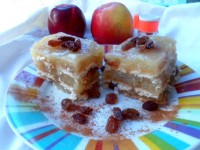 Prăjitura de post cu mere și biscuiți (fără coacere)
