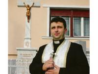 Preot condamnat la închisoare pentru înşelăciune