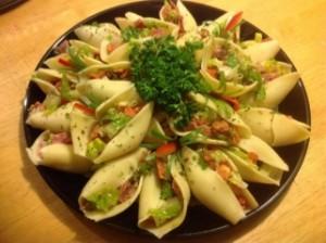 salata de paste umplute
