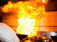 Un sătmărean și-a dat foc la apartament. A vrut să se sinucidă