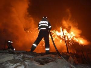 Incendiu la Turulung provocat de jarul de la sobă