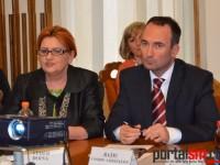 Consilierii locali cer executivului propuneri concrete pentru rezolvarea situației hotelului Dacia