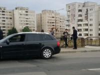 Accident pe podul Decebal. Pieton lovit de o maşină (FOTO)