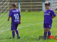 Zeci de copii de la scolile de fotbal din Satu Mare au asistat la meci