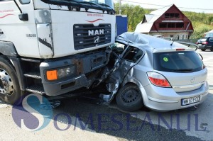 accident bunesti, tir unicarm (4)