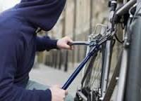 A furat o bicicletă și a vândut-o cu 20 de lei