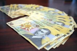 pradat de bani