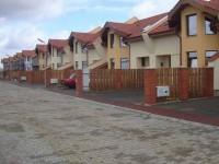 Nou! Cartierul Prietenia II construieşte apartamente având curte proprie, de la 19.000 euro
