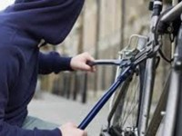 A furat o bicicletă din Piața de Vechituri