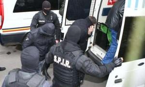 talhari arestati