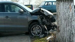 accident masina copac