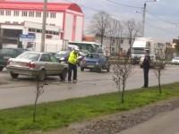 Accident pe strada Botizului în această dimineață. Trei mașini avariate și o septuagenară rănită