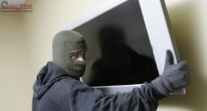 furat televizor