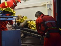 Un bărbat din Vetiș a vrut să-i dea foc fiicei vitrege. Aflase că a rămas însărcinată la doar 14 ani