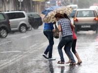 Informare meteorologică. Averse și descărcări electrice