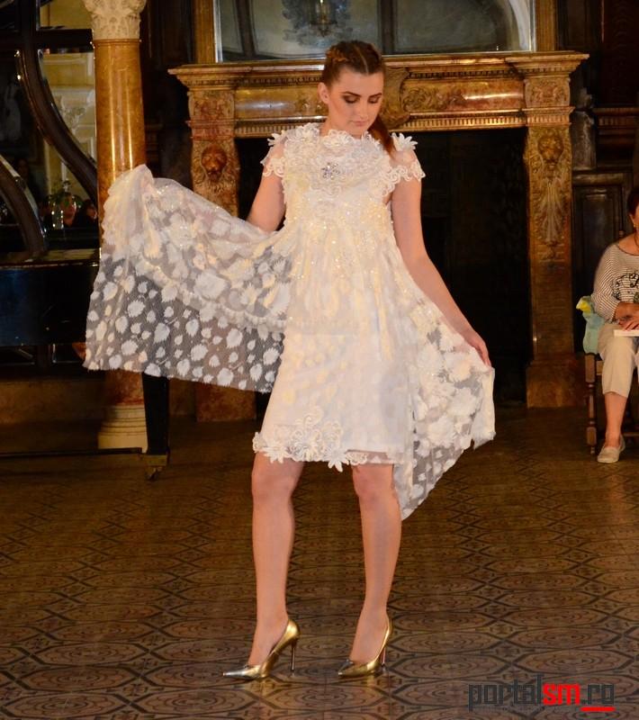 Seara la Castel, CM creation de mode (202)