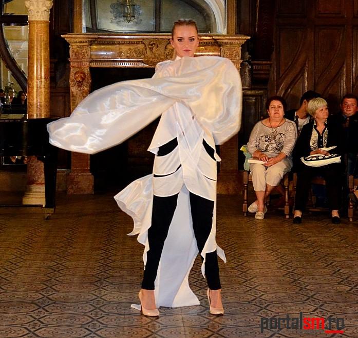 Seara la Castel, CM creation de mode (76)