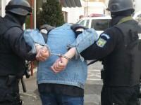 Traficant de migranți, arestat la Petea. Era căutat de șase ani