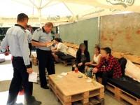 Chiulangii, prinși de polițiști în baruri. Ce măsuri au fost luate (FOTO)