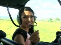 Andreea Mantea a ajuns cu elicopterul la o nuntă în Oaș. Le-a pregătit mirilor o surpriză de neuitat (FOTO)