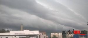 Județul Satu Mare, sub cod galben de furtună. Este posibil să cadă și grindină
