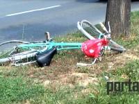 Accident pe Botizului. Biciclist lovit de un autoturism (FOTO)