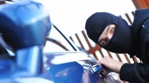 furt de masina