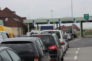 Prinşi la Petea cu maşini furate din Germania şi Franţa